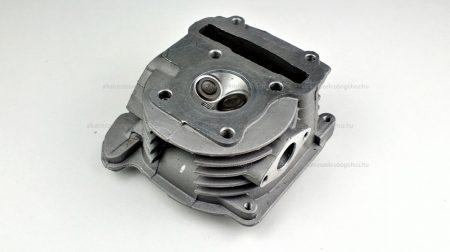 Hengerfej 4T 50ccm, 4 ütemű kínai robogóhoz (019)