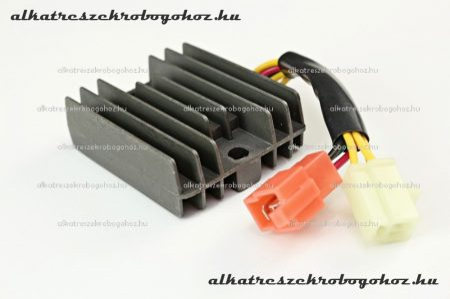 Feszültség szabályzó 6 vezetékes 12V DC tip5 RV-03-04-05