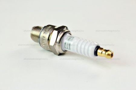 Gyertya CHAMPION L82C